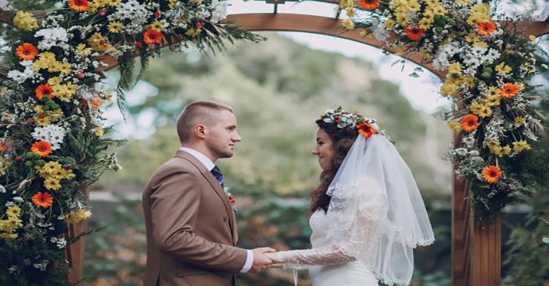 9c01aba6cf Na mocy zawarcia ślubu przed urzędnikiem Stanu Cywilnego odpowiedniego dla  Waszego miejsca zamieszkania